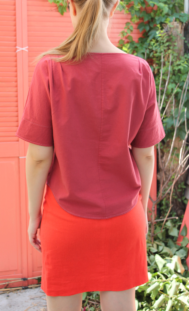 Raspberry linen top back