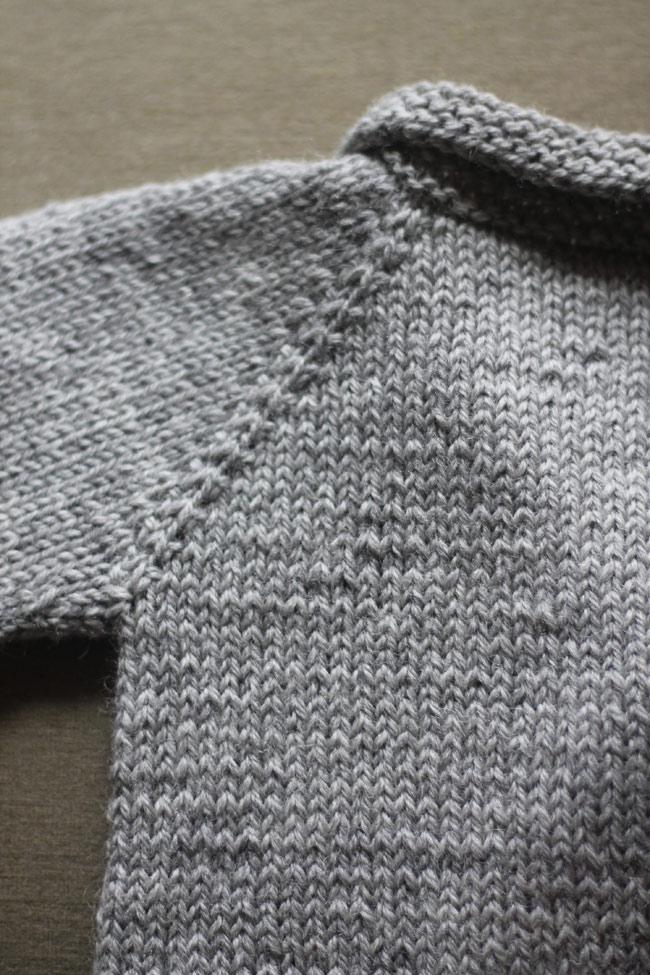 baby-cardi-back-detail